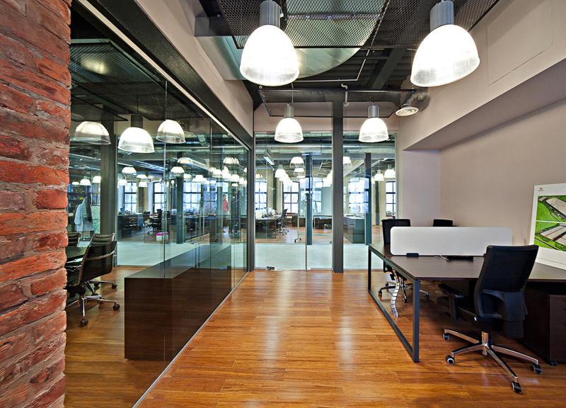 Espace de travail avec bench Nova O Narbutas