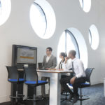 Espace de réunion avec table multimédia Together Allermuir