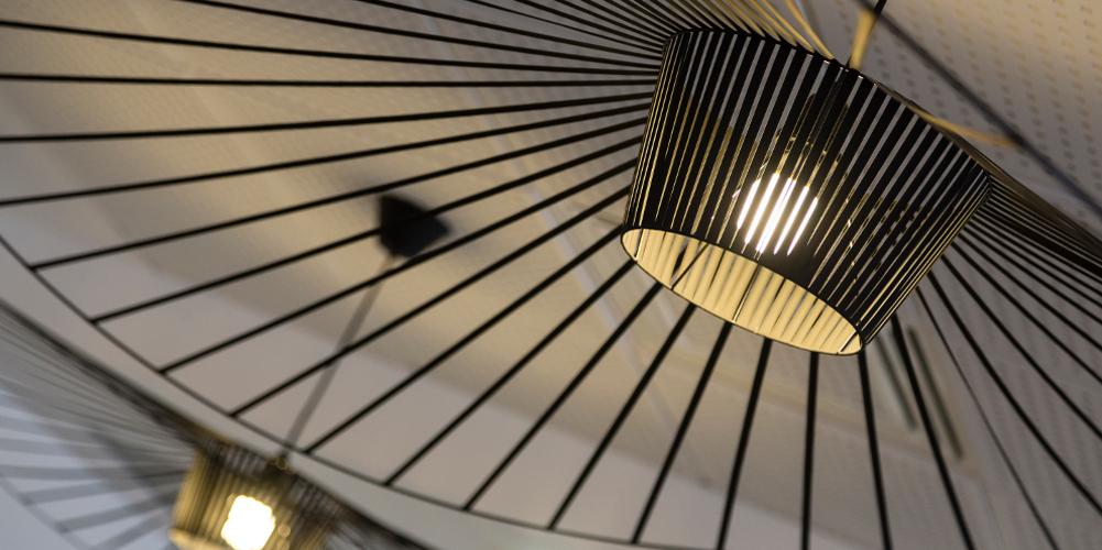 lampe design vertigo petite friture hôtel thalazur baie des Anges Antibes