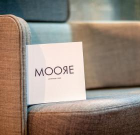 MOORE BUREAU EXPO 2014 Salon Mobilier Design