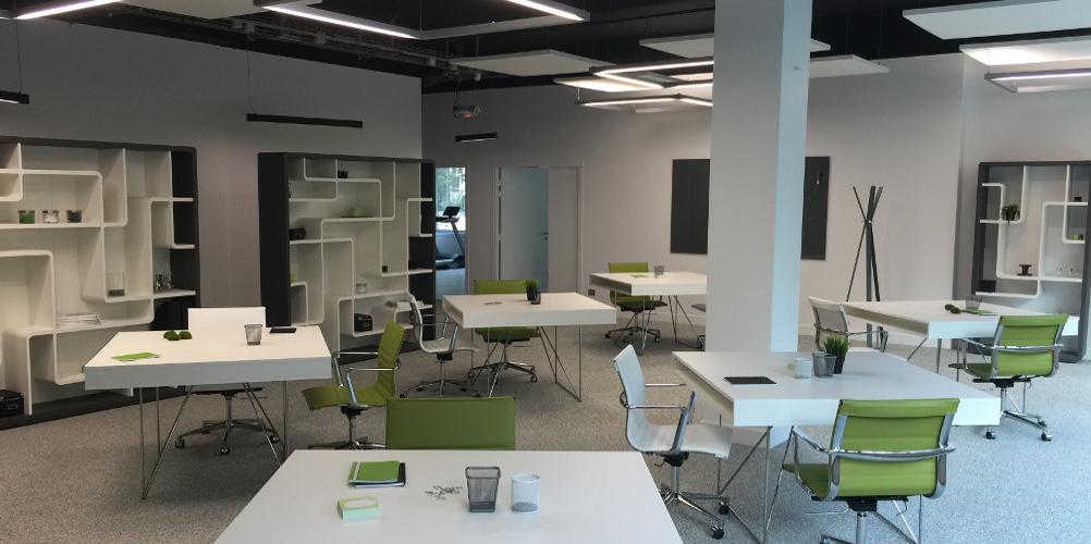 Aménagement d'un espace hybride, avec bureau en open space - Réalisation ZUBLIN - Paris