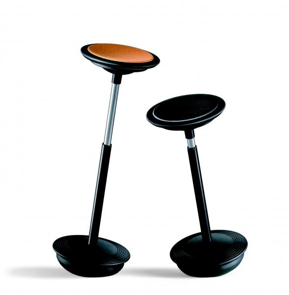 Ensemble de tabouret sur embase ronde avec assise en cuir marron ou noir Stitz Martela