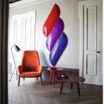 Fauteuil Mysa Lounge sur pieds en bois et table Adamar Coffee Bross