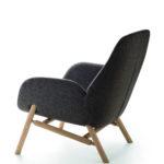 Fauteuil Mysa Lounge pieds en bois teinté (dos)