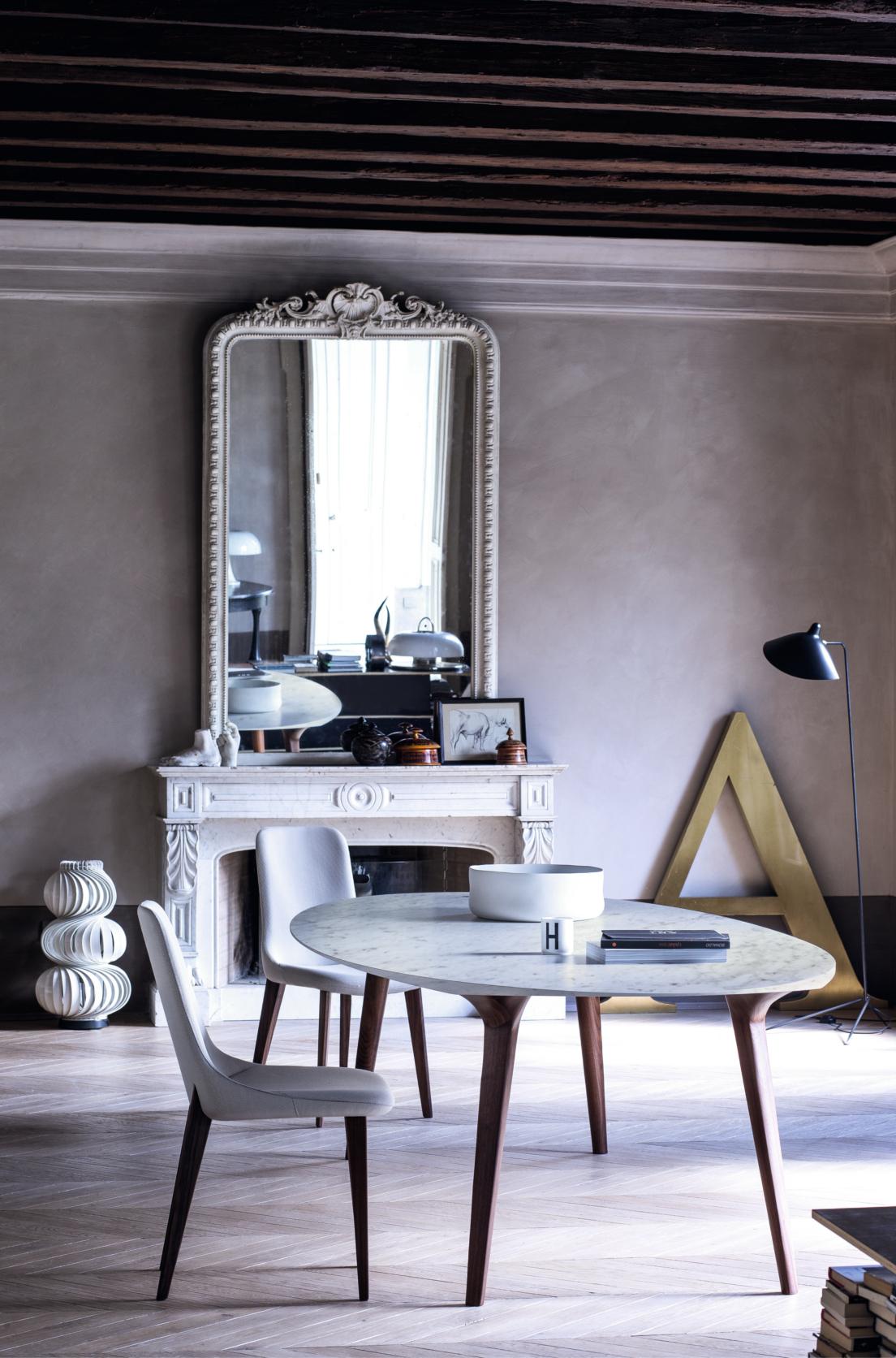 Chaisse Ascot grise dossier classique avec table Ademar Bross
