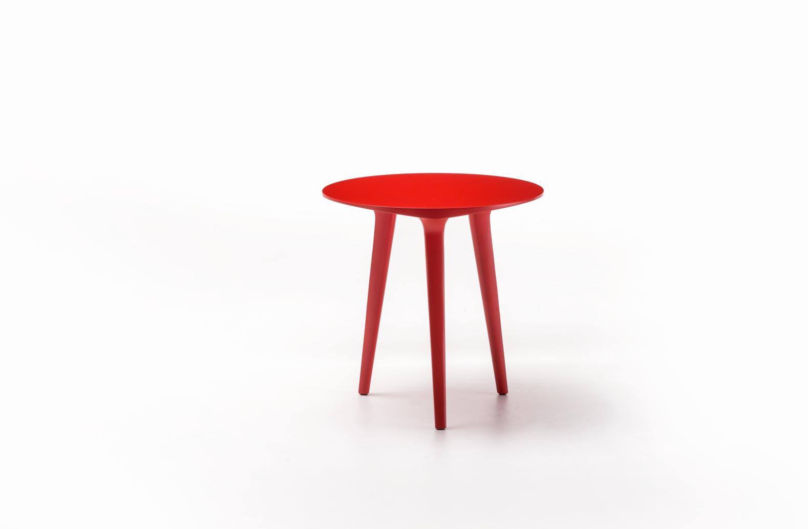 Table basse Ademar Coffee de Bross coloris rouge (vue éloignée)