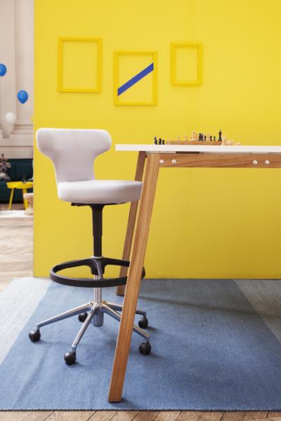 Table haute de réunion WOOD by MOORE