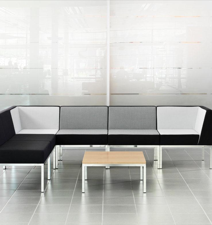 Assises et tables cube martela