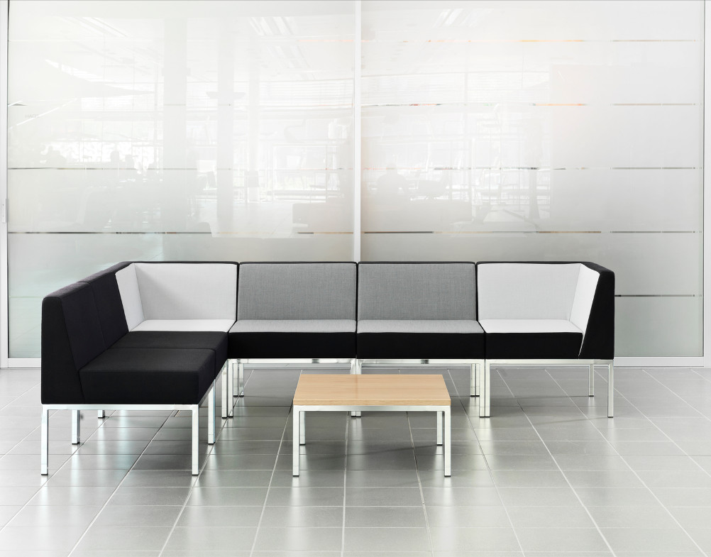 Assises et tables cube martela