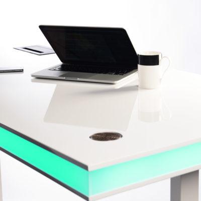 table air laquée blanc et lueur verte