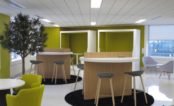 TOUR VOLTAIRE - Aménagement espace réunions et bureaux connectés