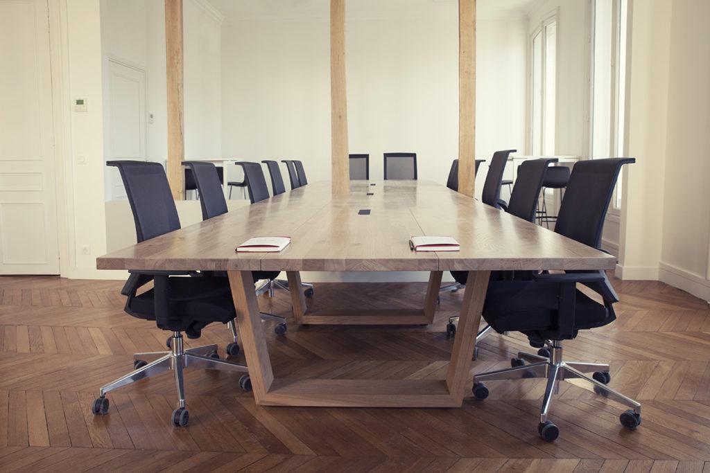 Aménagement d'une grande salle de réunion - Réalisation SAEGUS - Paris 8