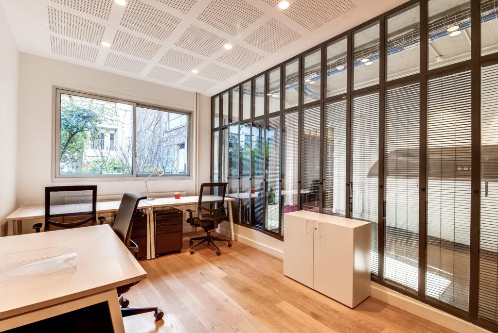 Aménagement de bureaux en open space - Réalisation OCP BUSINESS CENTER - Paris 16