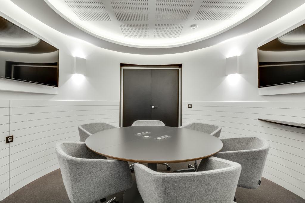 Aménagement d'un espace de réunion - Réalisation OCP BUSINESS CENTER - Paris 16