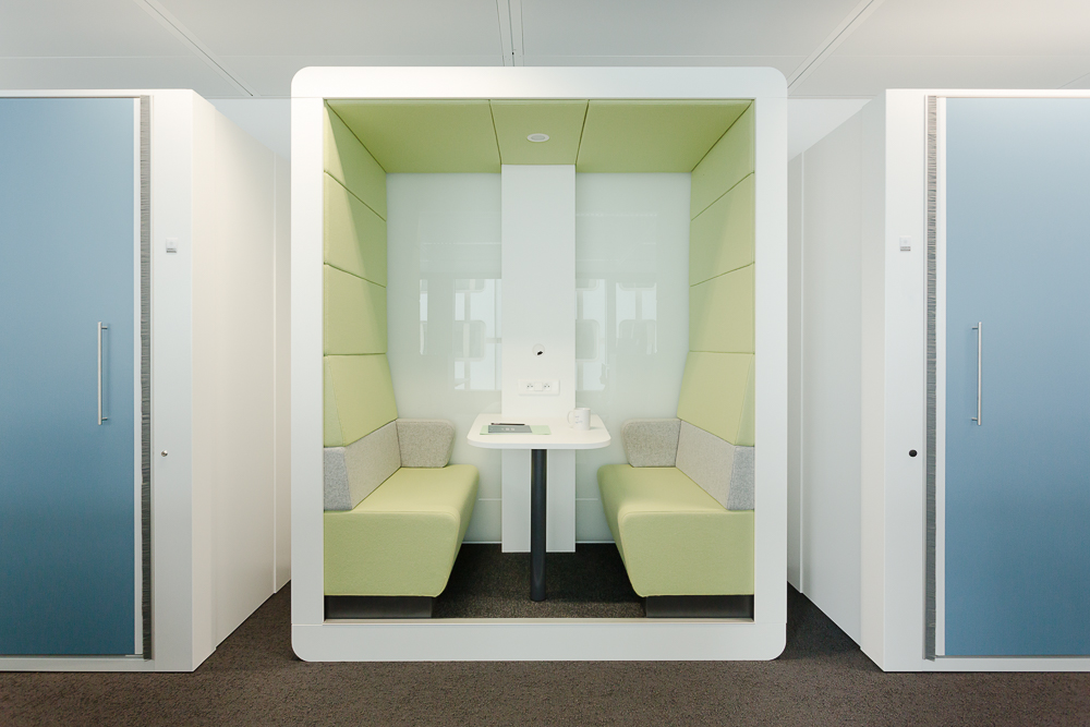 Moore  aménage plusieurs étages de Deloitte à la tour Majunga de Paris La Défense. Photo : Fabrice Dunou