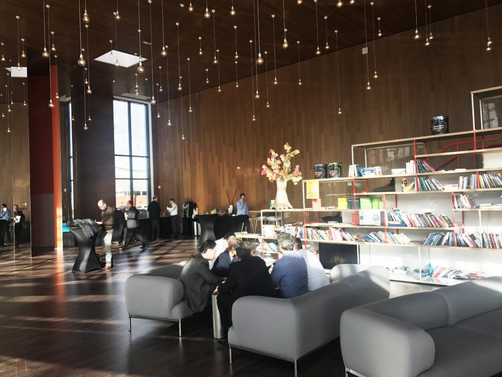 Aménagement d'un espace d'accueil - Réalisation AIRBUS - Toulouse