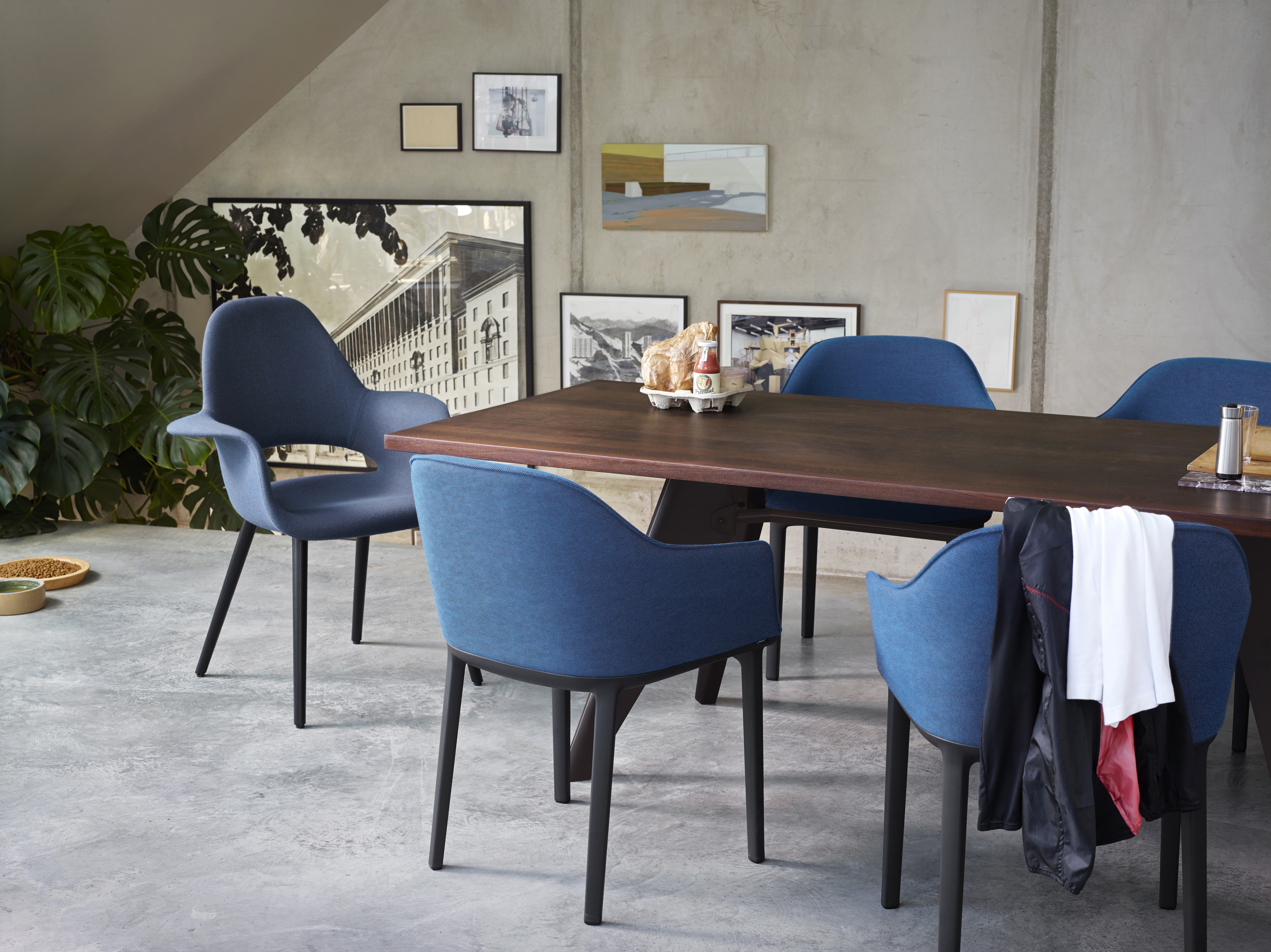 EM Table, Organic Conference, Softshell Chair_P_932345_master