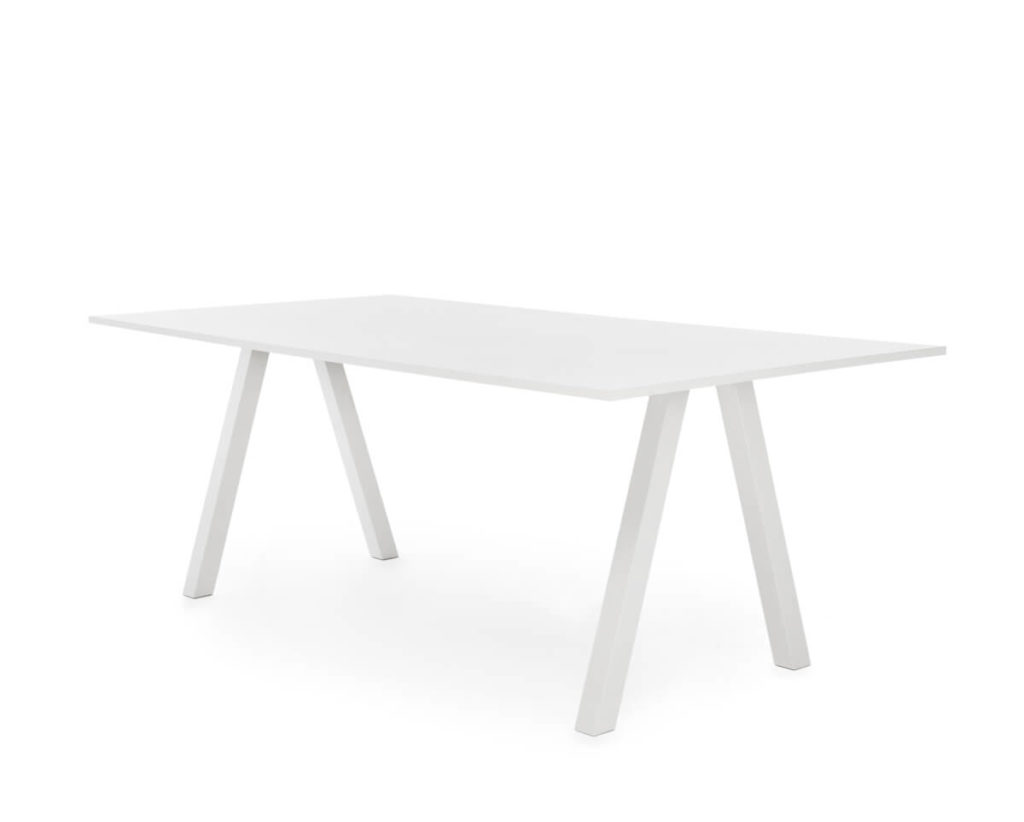Table – FRANKIE – MARTELA 10