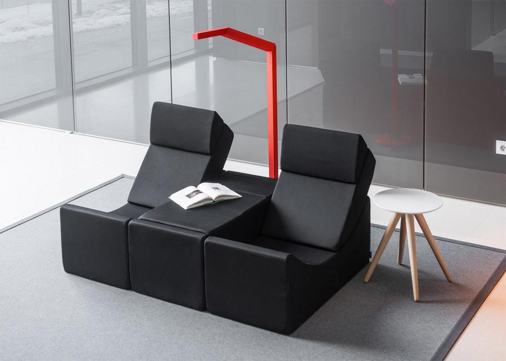 fauteuil-modulaire-chauffeuse-design-et-confortable-36-couleurs-au-choix-moon-large-par-lina-furniture (1)