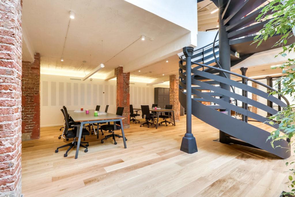 Aménagement d'un espace ouvert pour travail collaboratif - Réalisation OCP BUSINESS CENTER - Paris 20