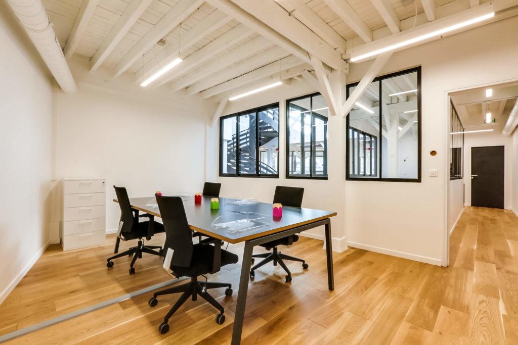 Aménagement de bureaux en open space - Réalisation OCP BUSINESS CENTER - Paris 20
