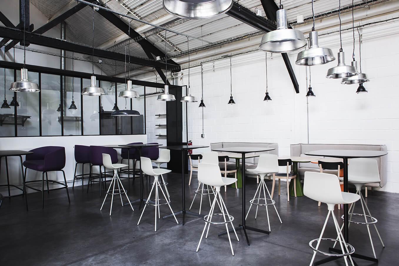 am nagement bureaux d 39 entreprise l 39 atelier saint ouen 93. Black Bedroom Furniture Sets. Home Design Ideas