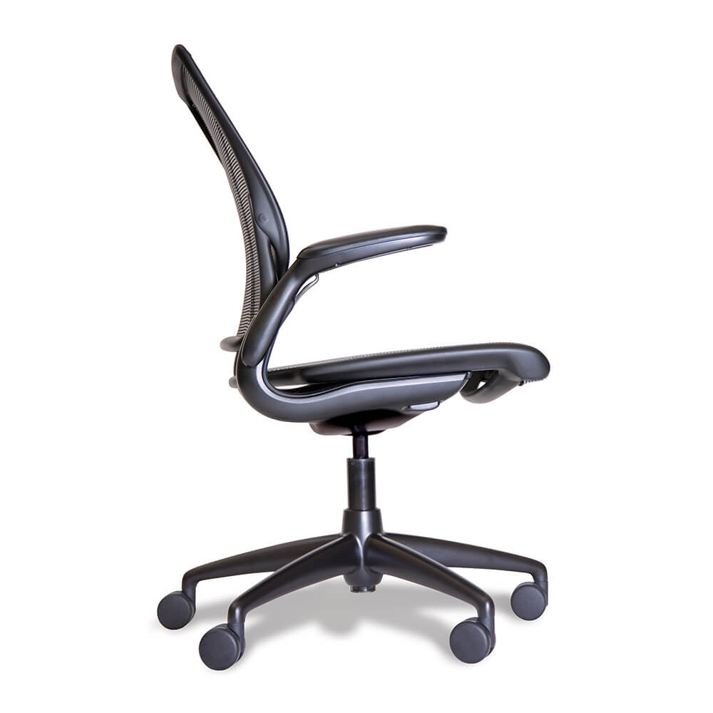 different-world-office-chair-black-957734