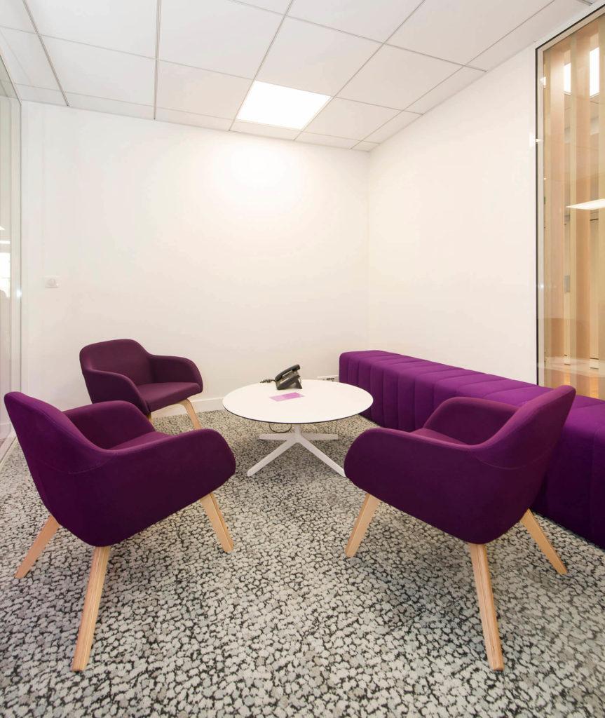 Assises-Hanna-Lounge-table-lottus-Ebiquity