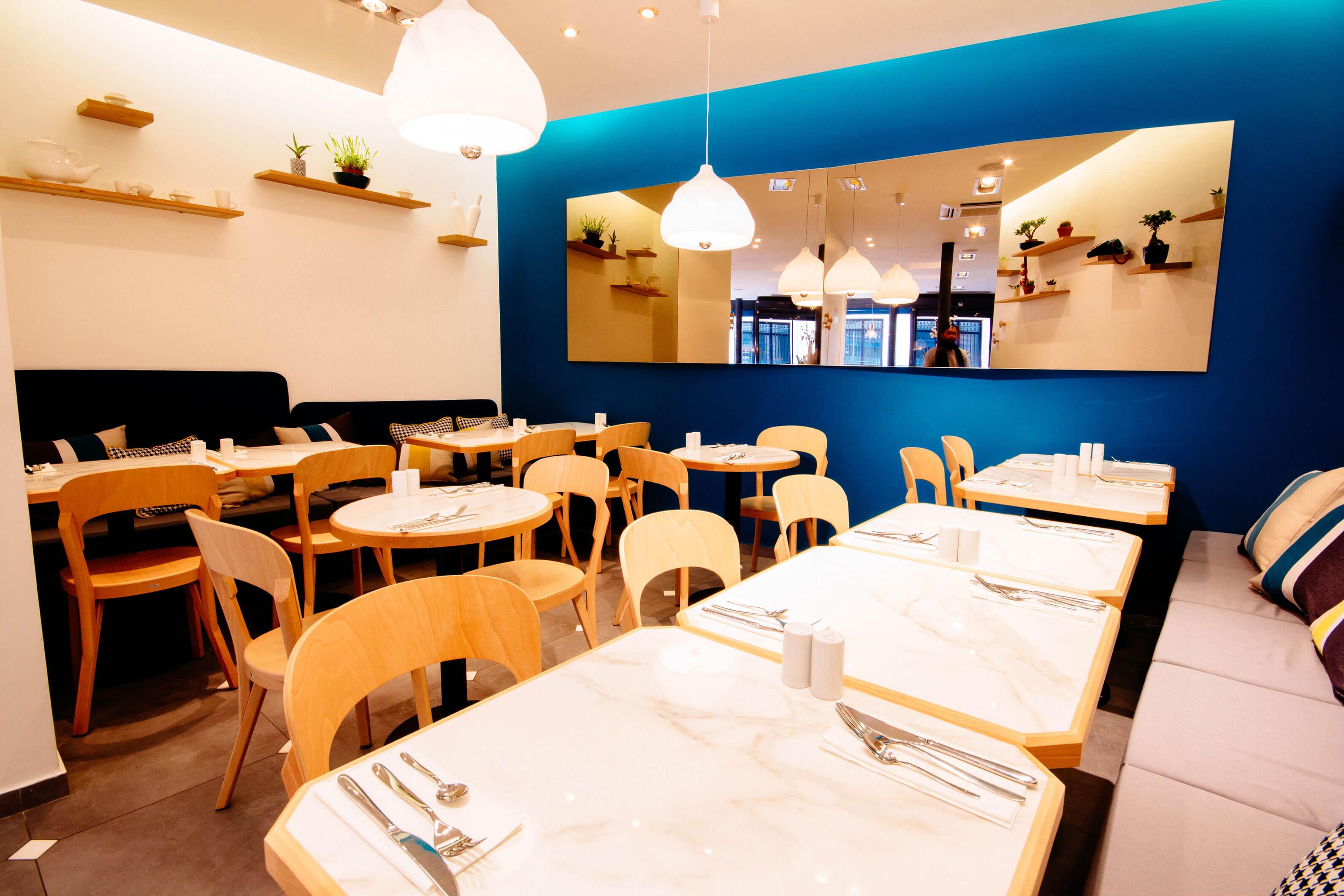 Am nagement mobilier pour restaurant simone lemon for Salon equip hotel 2017