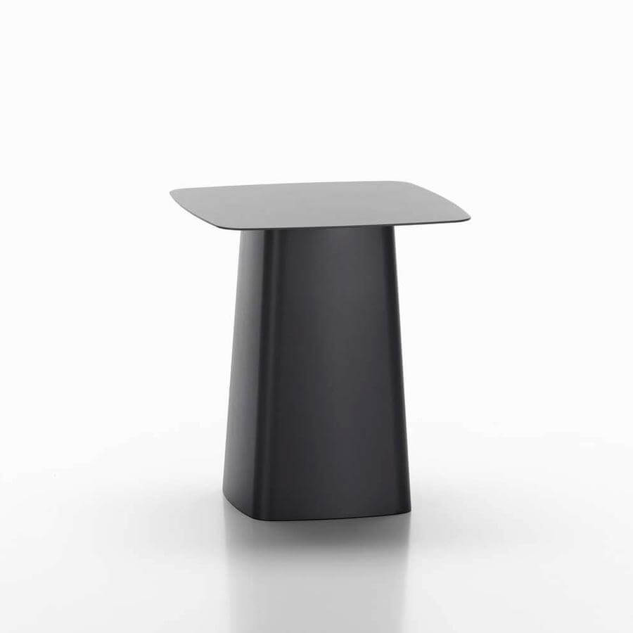 vitra-bouroullec-metal-side-table-outdoor-03_zoom