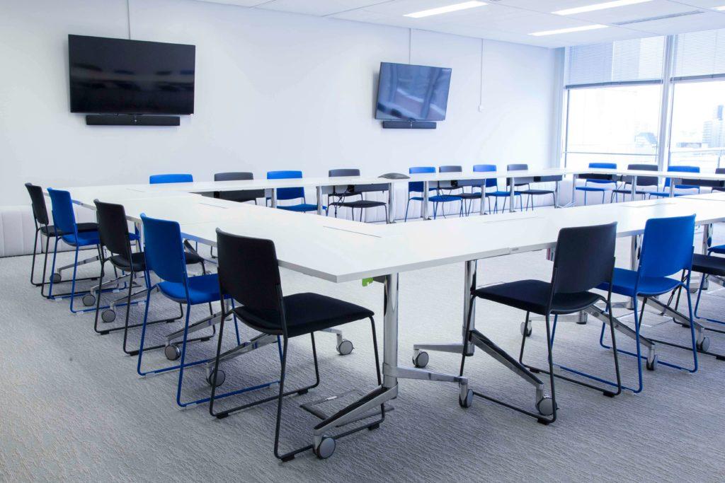 Aménagement espace de réunion - DOCUSIGN Issy Les Moulineaux
