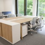 Bibliothéque Choice, Nova Wood, Caissons Narbutas, Sièges Worldchair Humanscale – DENTAL MONITORING (2)