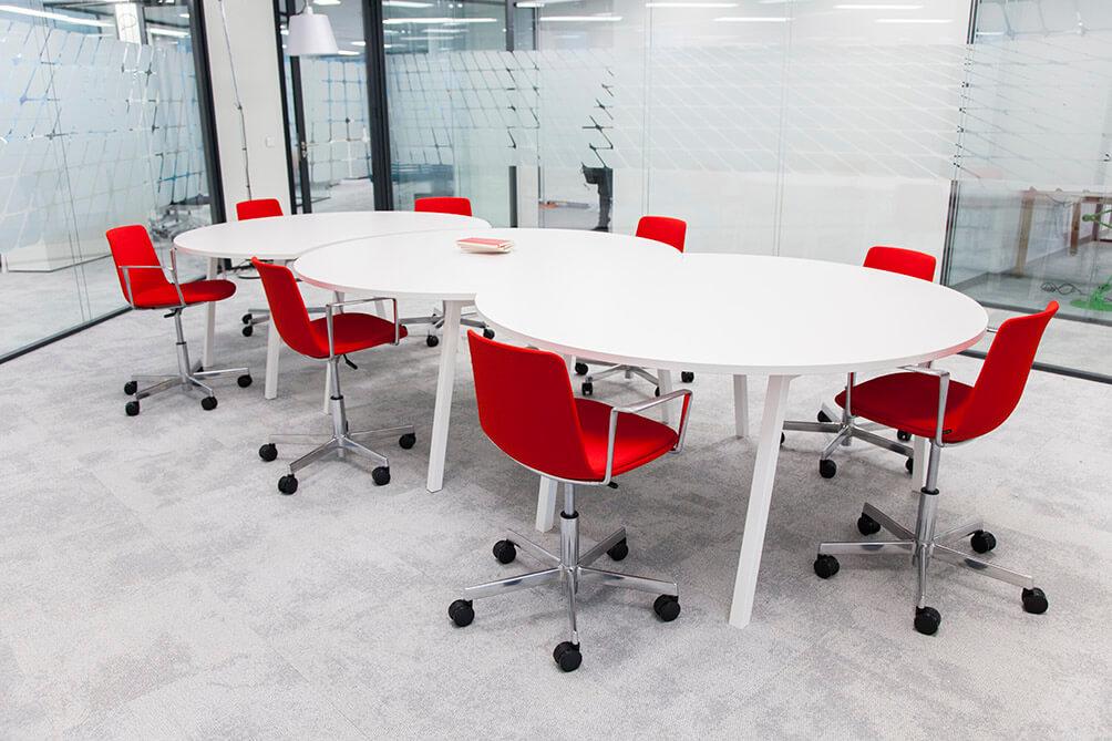 Table de réunion modulaire 8 personnes - TOTAL La Défense