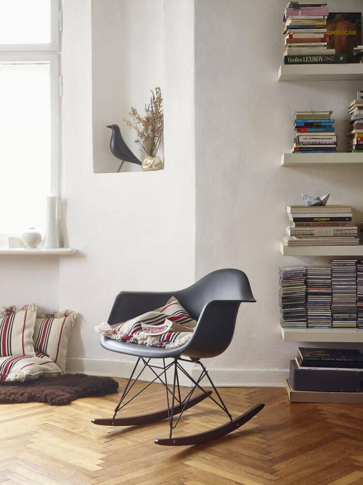 Eames Plastic Armchair RAR_1097277_preview