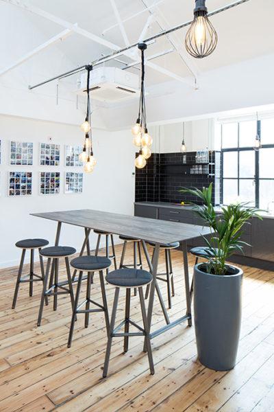 FROVI - Mobilier Design X Moore Paris