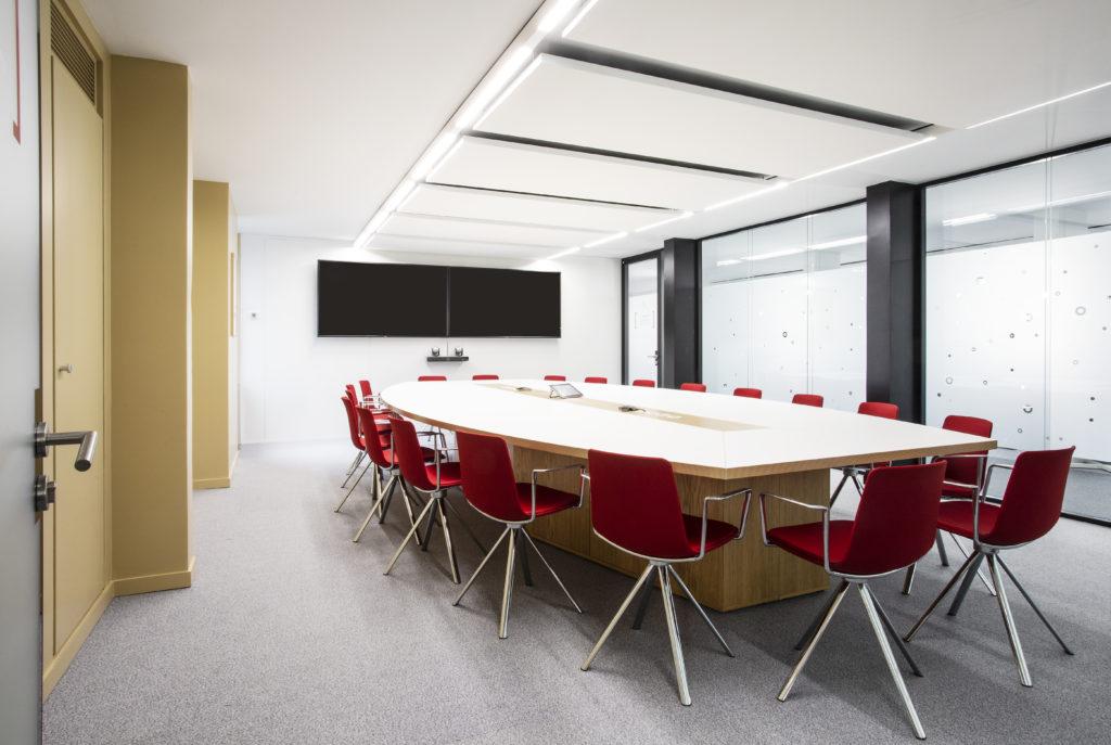 Aménagement d'une salle de réunion - Réalisation ARKADIN - Paris 17