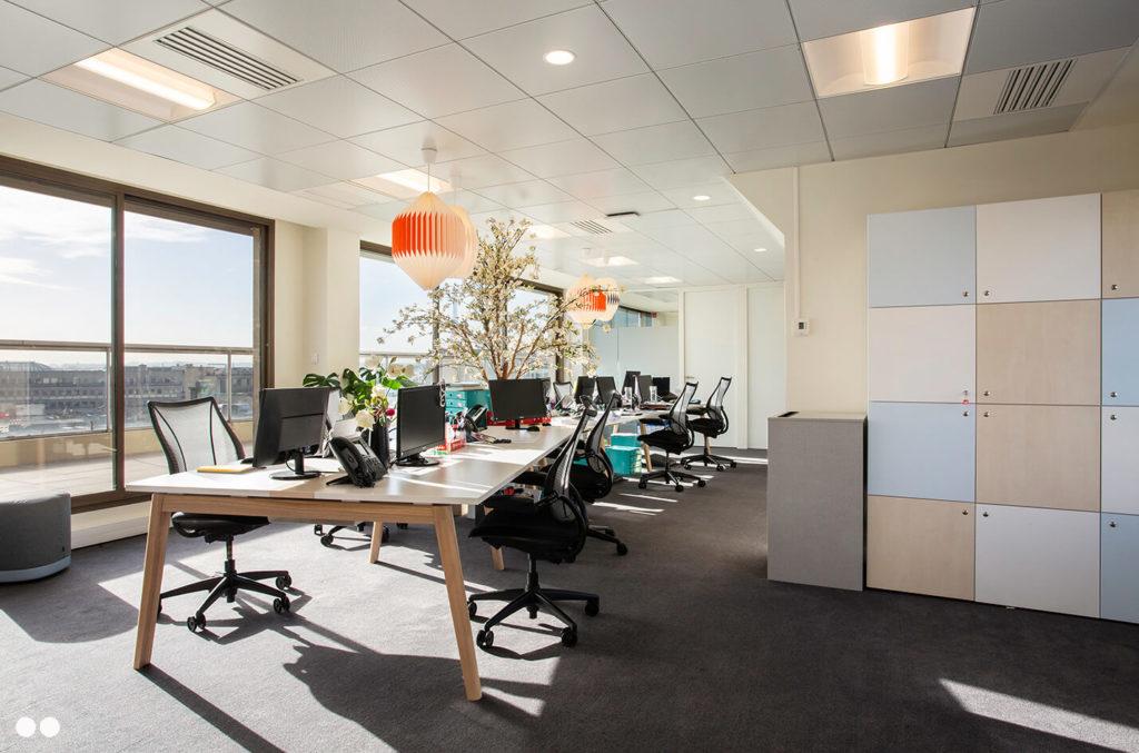Aménagement espaces collaboratifs et casier sur-mesure - CUBIKS Paris 8