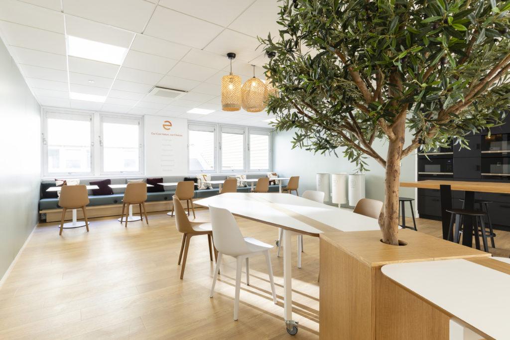 Aménagement d'un espace cafétéria, restauration - Réalisation ECHOSENS - Paris 14