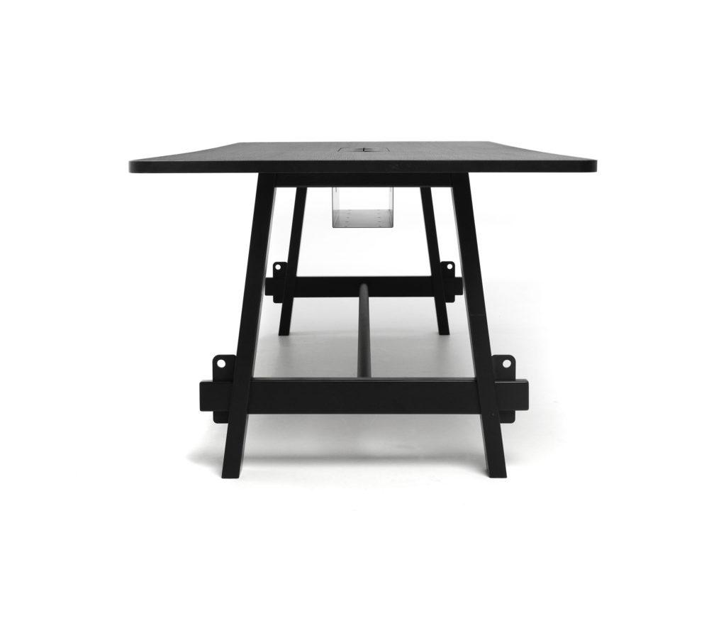 Table de réunion – LUMBERYARD – LOOOK INDUSTRIES 2