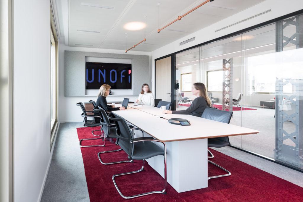 Aménagement d'un salle de réunion pouvant accueillir jusqu'à 10 personnes - Réalisation UNOFI - Paris 1