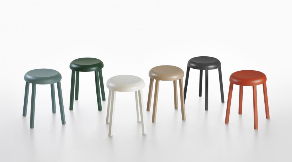 25emeco_za_small_stools_colors_4298
